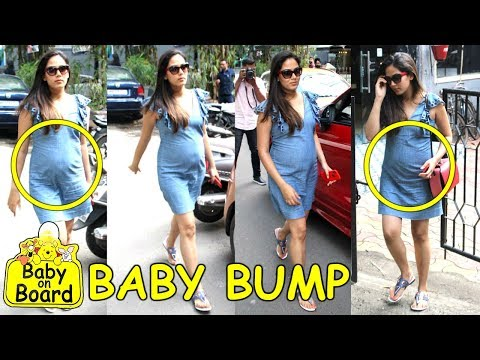 Shahid Kapoor's PREGNANT Wife Mira Rajput's BABY BUMP Visible In Public Spotted At Coffee Shop