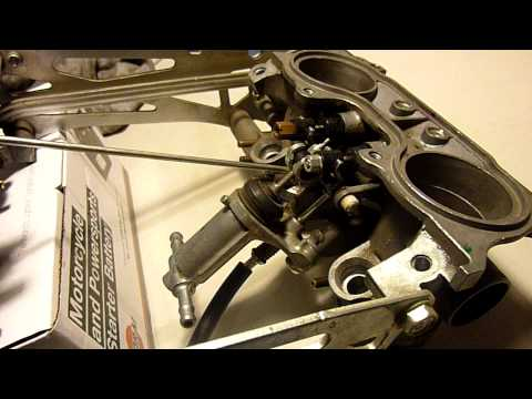 What the starter valves on a Honda VFR800 do