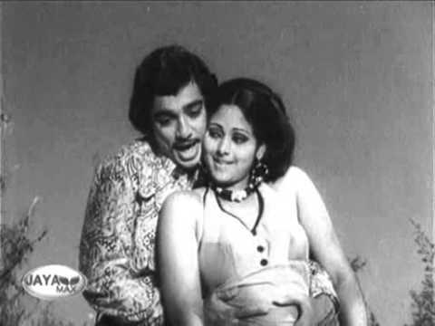 Ninaithathai mudipathu - Aayirathil oruthi
