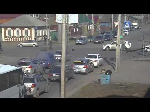 Авария с велосипедистом в Омске 24 04 2014