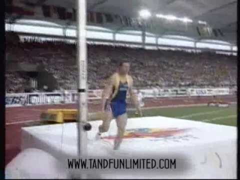 World s Highest Pole Vault!  Sergey Bubka wins gold at the 1993 World Champs.