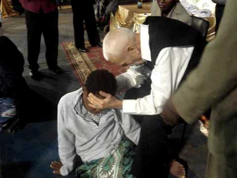 Woman Healed From Cancer...  Bro. David Terrell Malawi 7-2009