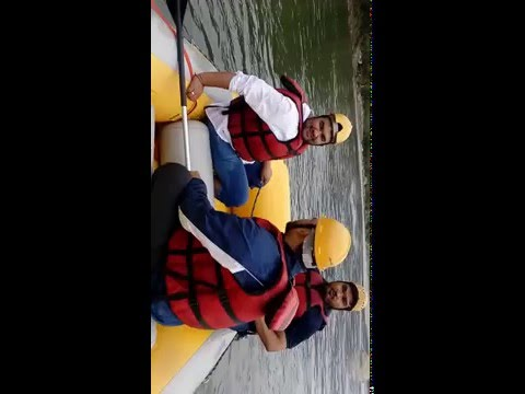 White water rafting : Diving in the river Beas MANALI