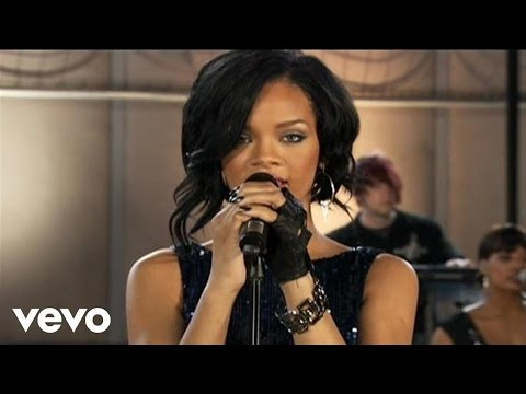 Rihanna - Umbrella (Pepsi Smash)