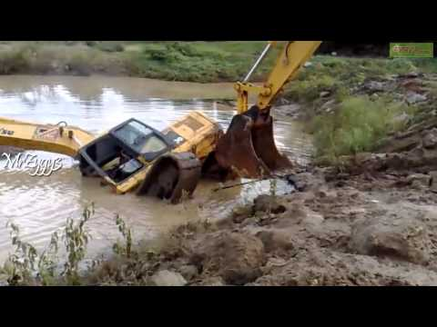 Excavator Komatsu Pulling Komatsu PC200 Stuck in Pond Music Videos