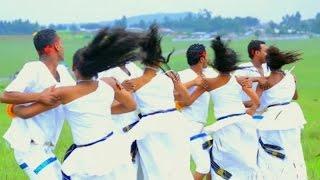 Daani´le Angeesaa - Naaf Kottu - (Official Music Video) - New Ethiopian Music 2016