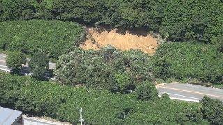 兵庫の播但道で土砂崩れ