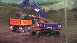 BEST OF RC TRUCKS, RC EXCAVATORS AT THE CONSTRUCTION SITE