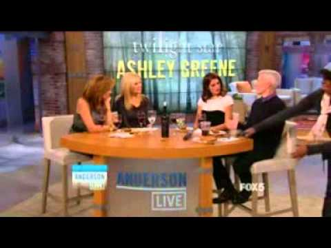 Ashley Greene: Anderson Live (20/11/2012)