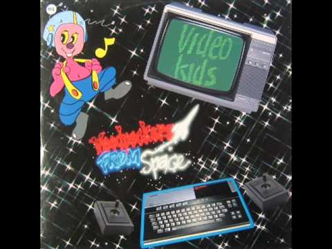Video Kids-woodpeckers From Space (extended Mix) video