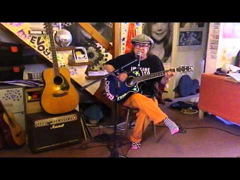 Netherlands Eurovision 1975 - Teach-In - Ding-A-Dong - Acoustic Cover - Danny McEvoy