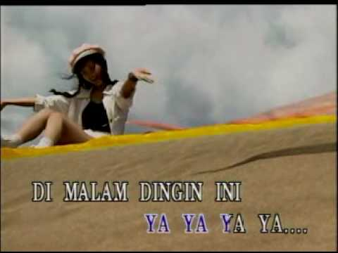 Dinding Pemisah (mandarin Song) video