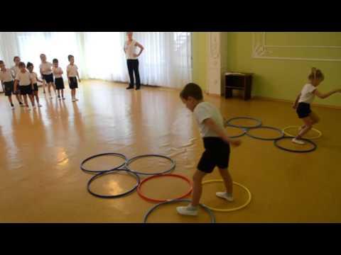Веселые соревнования, спортивный праздник в детском саду