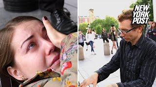 Piano Playing Street Performer Brings Audience To Tears Extraordinary People New York Post