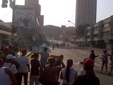 Asesinato Genesis Carmona 2/2 Lado de los Revoltosos con muchas motos - Av Cedeño Valencia Carabobo