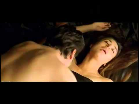 Heroine   Kareena Kapoor Hot Scene video