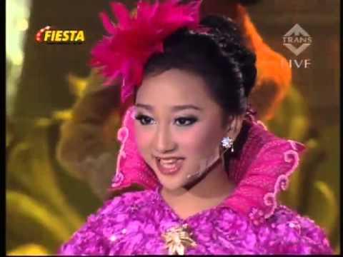 Sandrina feat. Woro (Di Atas Rata-Rata) - Walang Kekek (IMB