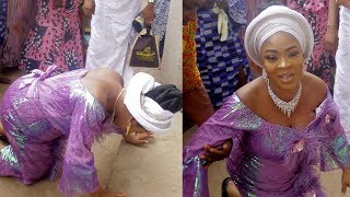 BIDEMI KOSOKO FALL ON GROUND TO PRAISED GOD FOR HER NEW BORN BABY