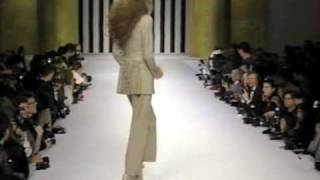 Download Lagu Valentino Fall 1994 Fashion Show (full pt.2) Gratis STAFABAND