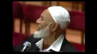Ahmed Deedat's 40 year open challenge to Christianity!