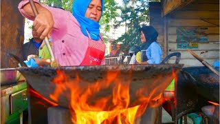 Download Lagu Super FAST cooking + TRIBAL food with BLOOD SAUCE | Indonesian STREET FOOD TOUR in MEDAN, Indonesia Gratis STAFABAND