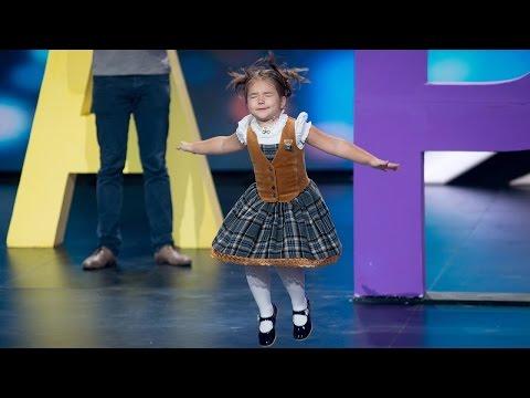 Show «The Incredible people». Bella Devyatkina. Polyglot
