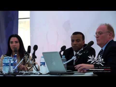 Débat entre Myret Zaki et François Asselineau sur les Etats-Unis d Amérique.