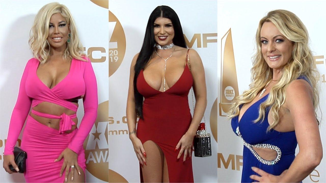 2019 XBIZ Awards Red Carpet Fashion Arrivals