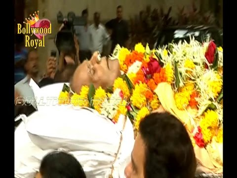 Dharmendra, Sunny & Abhay Deol's Father Funeral