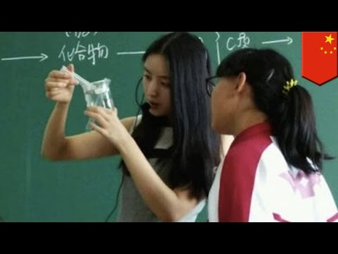 Sexy Biology Teacher Sa China, Pinagkakaguluhan Sa Internet! video