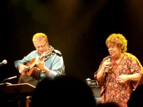 Samba de Uma Nota Só - ROMERO LUBAMBO E LENY ANDRADE