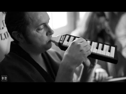 Niña Mala - Mi querida desconocida | Water Tape (HD)