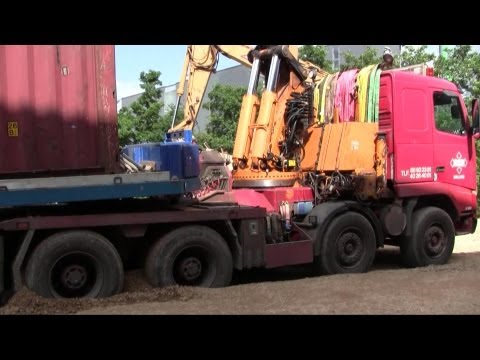 Getting Stuck: Volvo FH16 8x4 Truck With Effer Crane