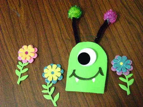 Easy Foam Crafts: One Eye Friendly Monster