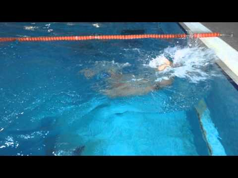 Разворот при плавании кролем | Школа плавания #7