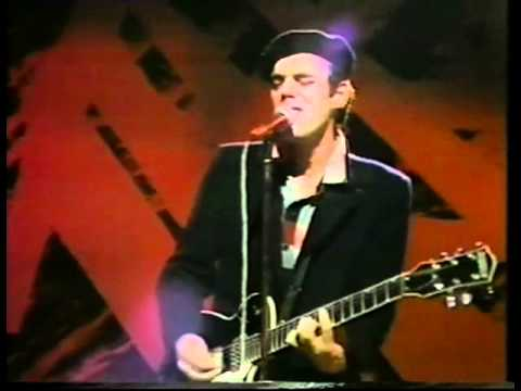 John Hiatt - I Think Shes Warming Up To The Ice Age