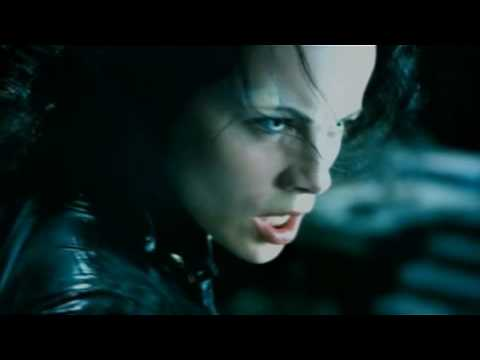 Female Vampires - Selene - Let the Bodies Hit the Floor