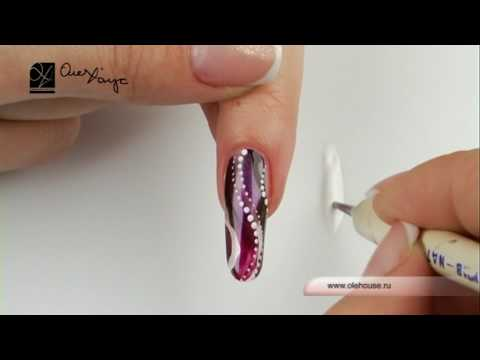 дизайн ногтей с нитями: