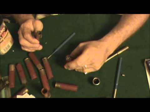 reloading a 12 gauge shell with black powder