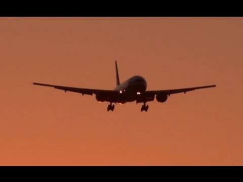 Good Morning Chicago!  // Chicago O'Hare Int'l Airport Plane Spotting - American Airlines Boeing 777