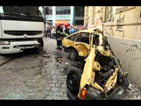 LOS PEORES ACCIDENTES AUTOMOVILISTICOS.wmv