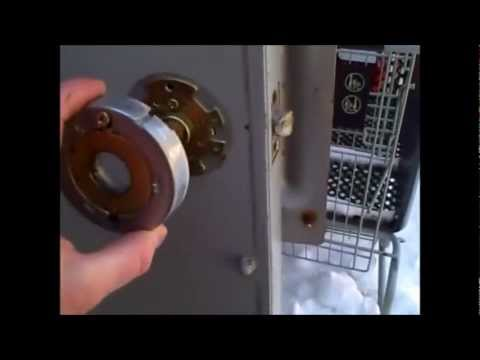 How To Remove A Commercial Lock Replace A Security Lock