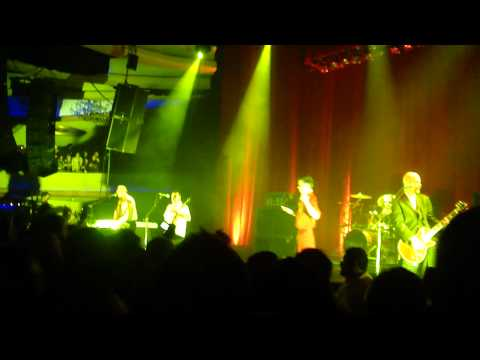 "Faith No More - ""Last Cup Of Sorrow"" @ The Palladium 11.30.10"