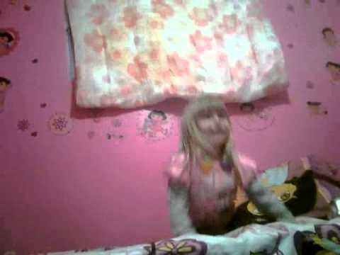 3 year younq Destiny Davis dancinq to Baby-JUSTIN BIEBER!!! (: Video