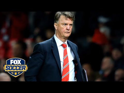 Louis van Gaal will not quit on Manchester United
