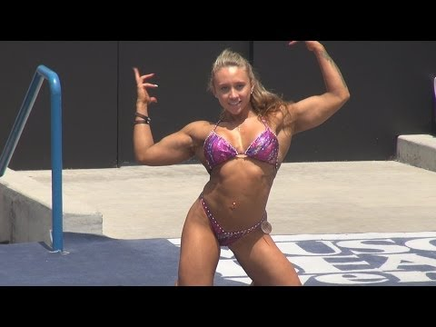 Ariella Palumbo Physique Short Routine at Muscle Beach 7/4/13