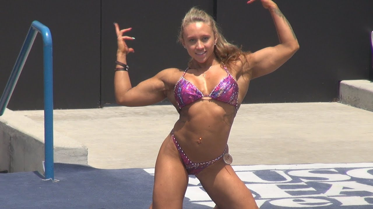 ariella palumbo physique short routine at muscle beach 7 4