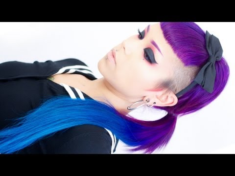 How to Make a Ponytail with Rebelle Clip-In Hair Extensions