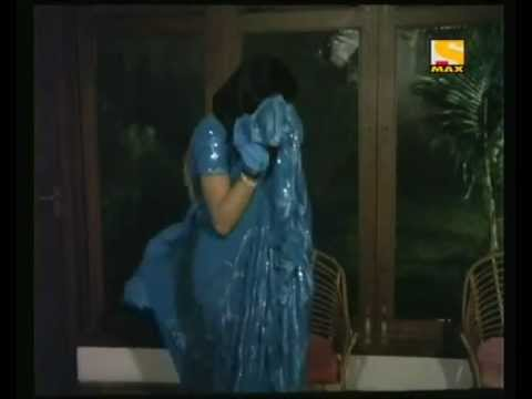 Sridevi Hot In Blue Saree video