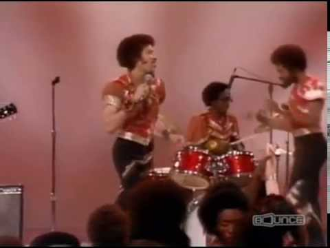 The Commodores - Just To Be Close to You - Soul Train 1977